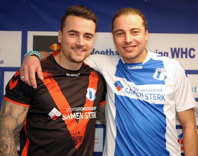 De broers Sander (rechts) en Joost Krijns dragen komend seizoen samen met shirt van WHC.