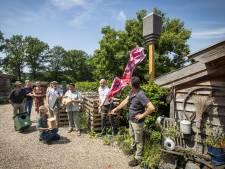 Warm welkom voor meer vleermuizen op landgoed Almelo: 'Dieren die hier nooit meer kwamen, zijn volop terug'