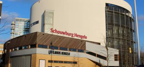 Het duurde een paar jaartjes, maar nu is Hengelo de trotse eigenaar van de schouwburg
