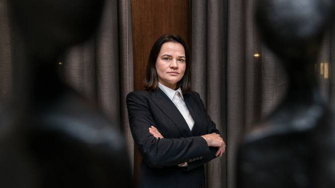"""Wit-Rusland vraagt om oppositieleidster Tichanovskaja uit te leveren, Litouwen """"kijkt nog liever toe hoe hel dichtvriest"""""""
