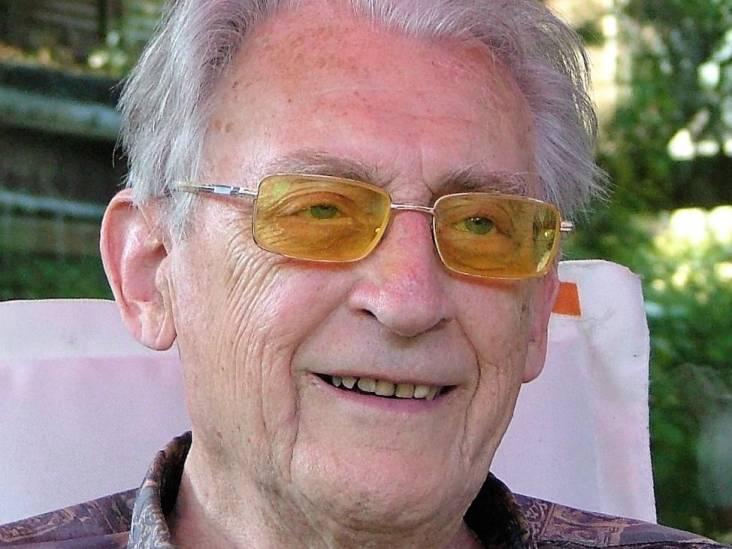Peter (93), met krachtige handen en een zacht hart, vond een nieuwe manier van ademen uit