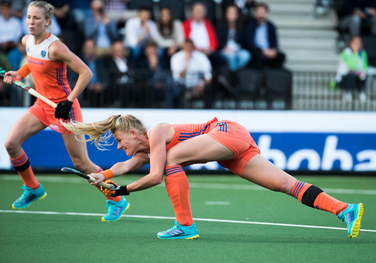 2017: Caia van Maasakker in actie als international.
