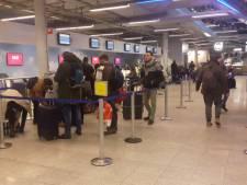 Reizigers Eindhoven Airport nog lang last van gevolgen mist
