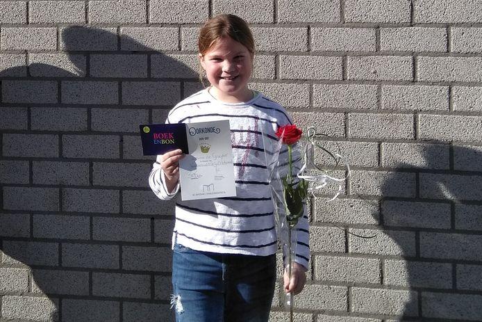 Irene de Gruyter van basisschool Talentrijk is de Helmondse Voorleeskampioen 2021.