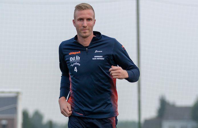 Stef Francq, hier in het shirt van Gijzel-Oosterzele, wacht niet op de beslissing van Voetbal Vlaanderen en stopt met voetballen.