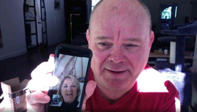 Paul de Leeuw chat met Anita Meyer in TV-Quaran-Tine. Beeld Instagram/Paul de Leeuw