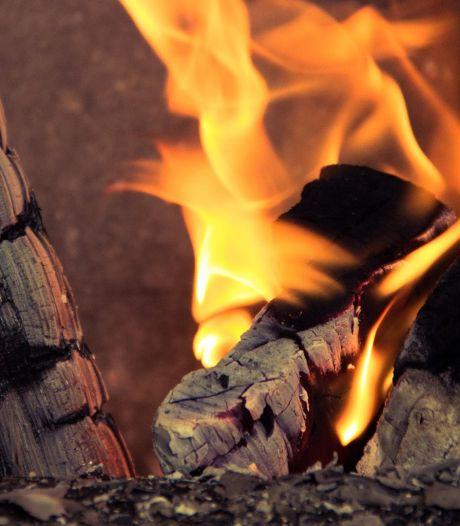 Zo wil Utrecht gebruik van vervuilende houtkachels beperken