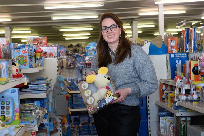 Eigenaresse Geronique van de Riet van Speelgoedwinkel Van de Riet in Ambt Delden.