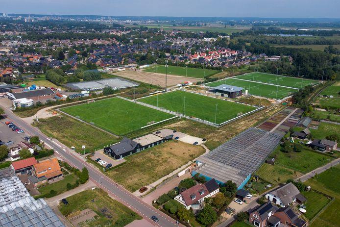 De voetbalvelden van Jonge Kracht in Huissen.