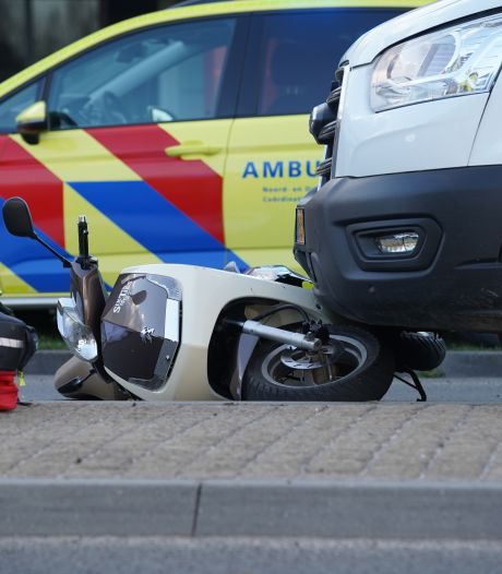 Slachtoffer dodelijk scooterongeluk is 51-jarige man uit Brummen, bijrijder (17) gewond