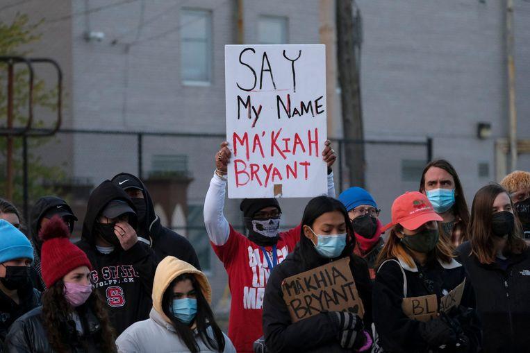 Protest naar aanleiding van de dood van Ma'Khia Bryant (16), deze week neergeschoten door een politieagent in Columbus, Ohio.  Beeld AFP
