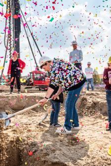 Nieuwbouw in het Rode Dorp is eindelijk begonnen: 'We lopen liever tussen mensen dan tussen koeien'