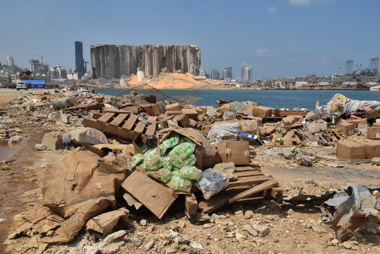 De haven van Beiroet, dagen na de verwoestende explosie.  Beeld ANP