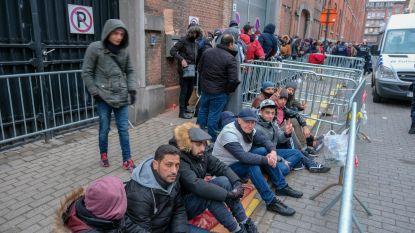 """""""Situatie zou wel eens kunnen ontsporen"""": alleenstaande mannen opnieuw voor gesloten deur Klein Kasteeltje"""