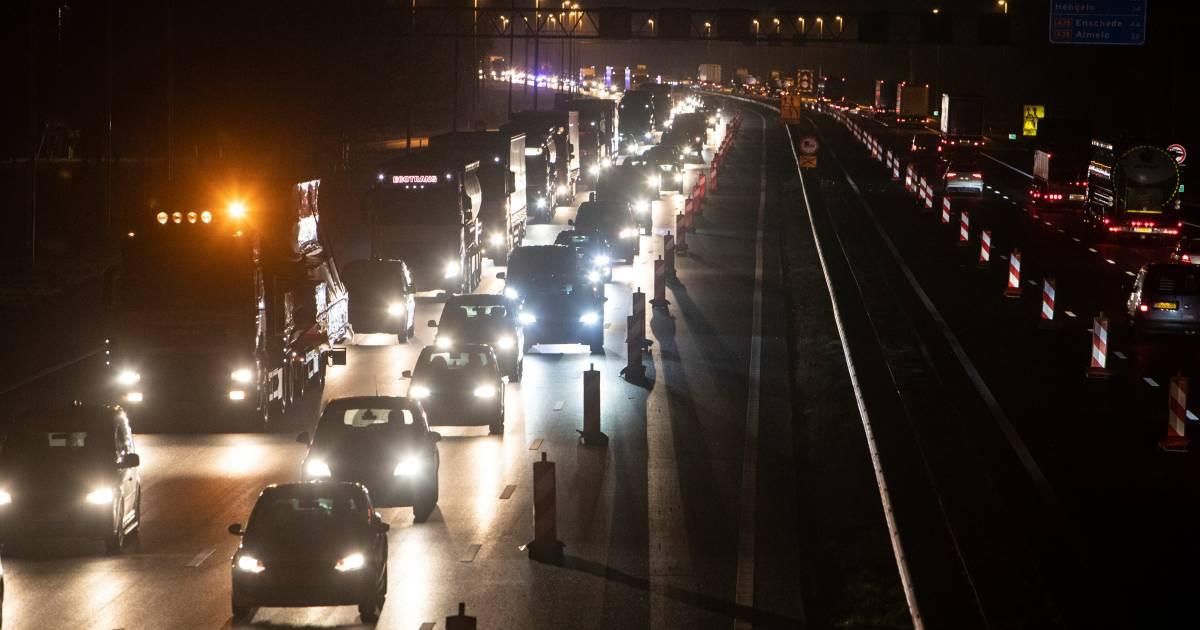 Veel vertraging op A1 richting Hengelo door ongeluk.
