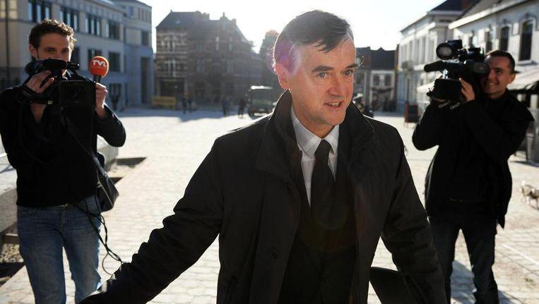 Dokter Jef Steenackers, bij wie Ronald Janssen op consultatie ging voor zijn rugpijnen.