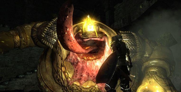 Een grote griezel ontwaart in Demon's Souls een snack: de speler. Beeld