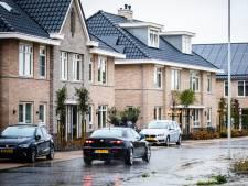 De meningen zijn verdeeld over hoe de woningnood in Westvoorne moet worden opgelost