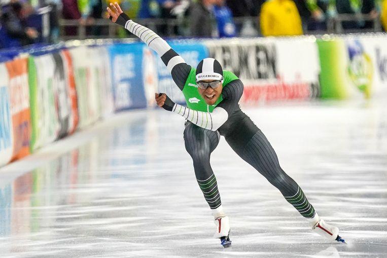 Dai Dai Ntab snelde op de 500 meter naar een tijd van 34,79 en bleef daarmee Kai Verbij en Ronald Mulder ruim voor. Beeld BSR Agency