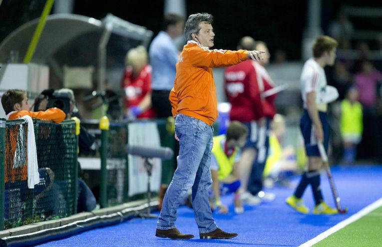 Paul van Ass tijdens de tweede poulewedstrijd Nederland tegen Engeland op het Europees Kampioenschap hockey voor mannen in 2013. Beeld ANP