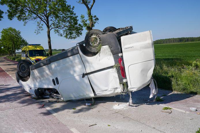 De bestuurder raakte niet gewond.