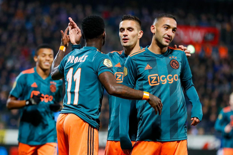 David Neres, Quincy Promes, Dusan Tadic en Hakim Ziyech zijn bijna bij alle doelpunten van Ajax betrokken. Beeld ANP Sport