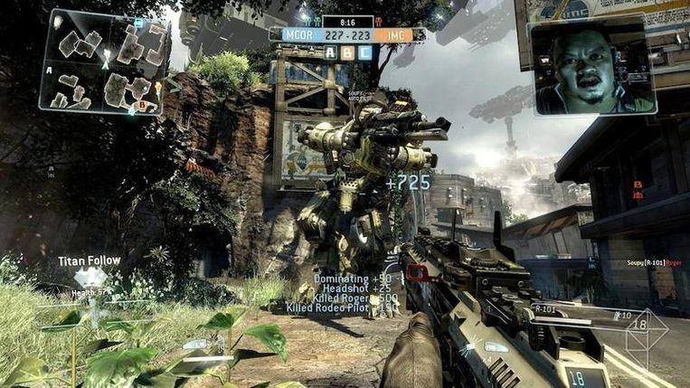 EA's 'Titanfall', de huidige klepper voor de Xbox One, is voorlopig alleen met een omwegje online te spelen. Beeld Electronic Arts