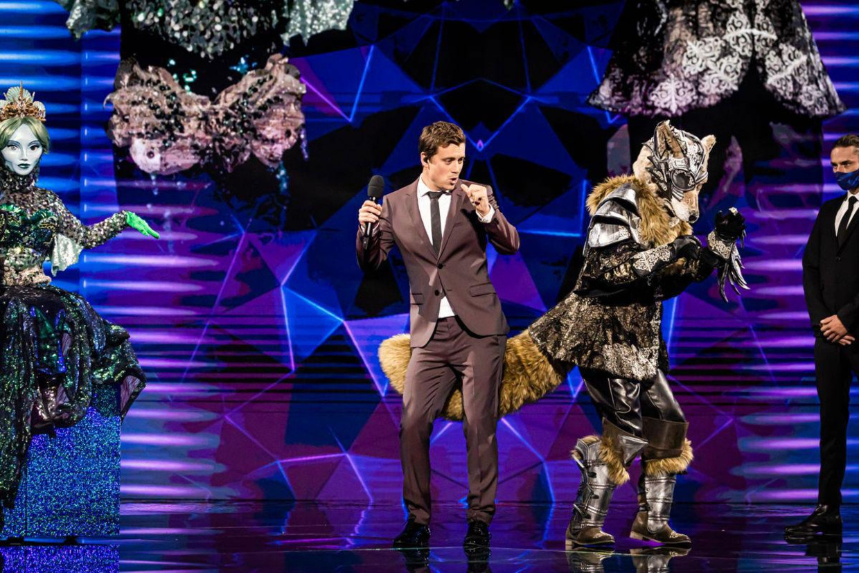 Niels Destadsbader als presentator van 'The Masked Singer' Beeld VTM