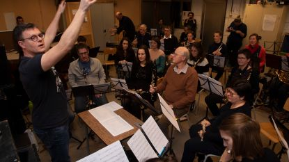 Muziekensemble d'Eaux Sérieuses eindigt 25ste jubileumjaar met jazzsfeer in Bar d'Eaux