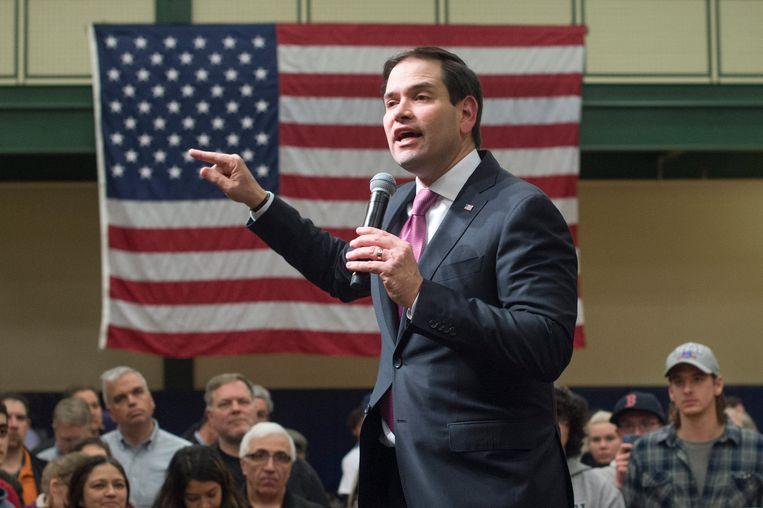 Senator Marco Rubio maandag in Nashua tijdens zijn laatste bijeenkomst in New Hampshire. Beeld EPA