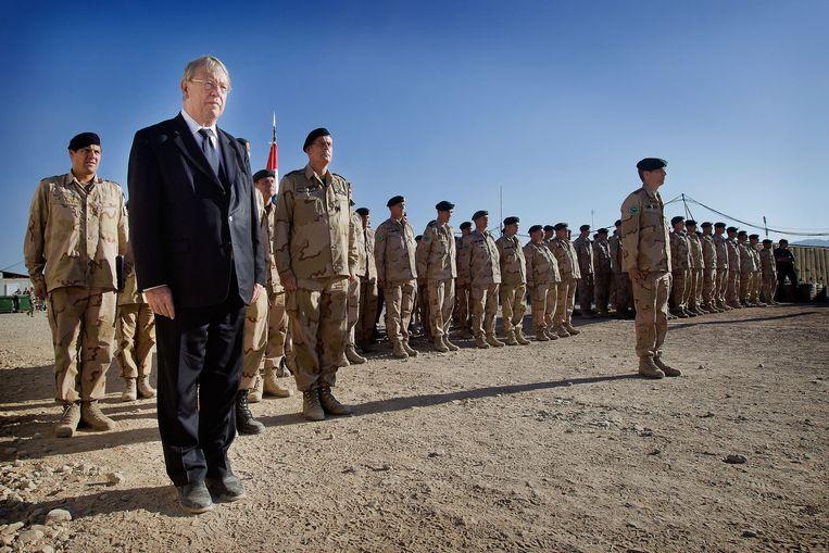 In 2012 werd een ontmantelingsceremonie van het ijzeren monument ter ere van de 24 omgekomen militairen gehouden in Kamp Holland in Tarin Kowt, Afghanistan. Beeld ANP