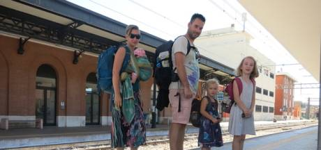 Kiki (39) en gezin backpacken met alleen handbagage: 'Niet altijd even charmant'