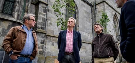 Groen cadeau voor Haaksbergen met dubbele boodschap: 'Meer bomen op het marktplein, daar moet het op aan!'
