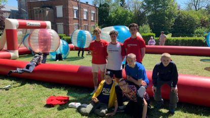 Honderden jongeren met een beperking leven zich uit op sportdag Onbeperkt Wild
