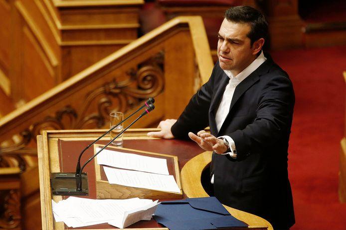 De Griekse premier Alexis Tsipras speecht voorafgaande aan de stemming over de begroting.