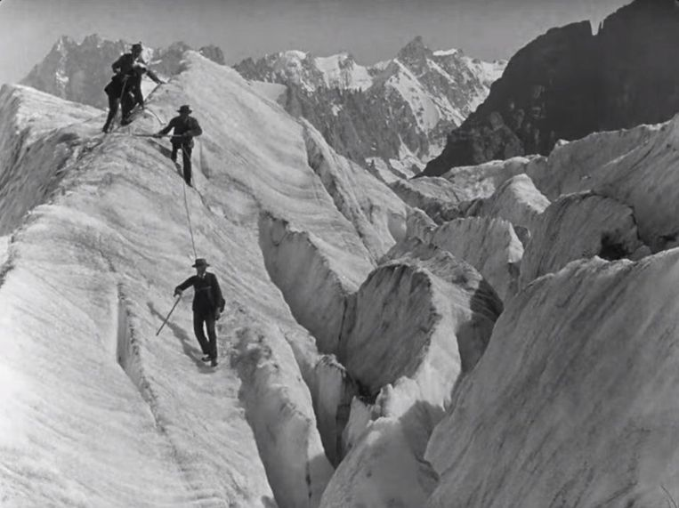 Alpinisme in Lumière! L'aventure commence. Beeld null