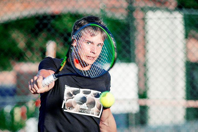 Tuur Heuvinck uit Denderbelle hoopt op het driesterrentoernooi van TC Players, zijn eigen club, ver te raken.
