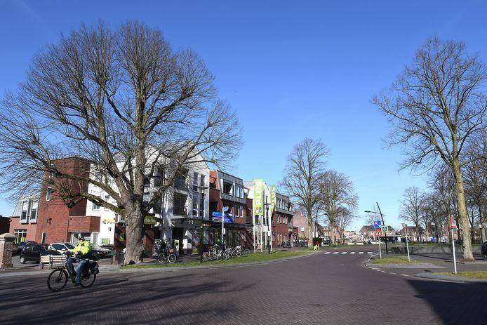 Veel inwoners van Overloon zijn de overlast beu. De plaatselijke supermarkt heeft regelmatig last van diefstallen en bedreigingen.