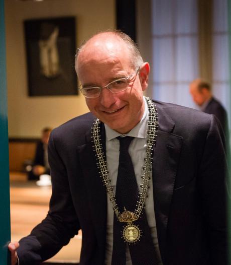 Onno van Veldhuizen waarschuwt: Burgemeester kiezen tast ambt aan