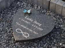 Al een jaar lang die ene vraag: hoe stierf Lieke (11) uit Millingen aan de Rijn? 'We weten niets'