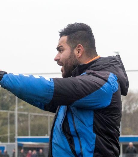 Trainer stapt plots op bij Elsweide; assistent neemt over