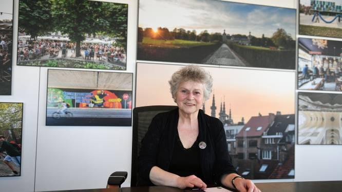 """INTERVIEW Leuvens schepen Denise Vandevoort openhartig over kanker in coronatijden: """"Alsof je door een ruimteschip met kille gangen wandelde"""""""