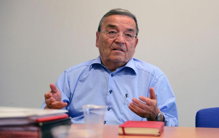 Louis Tobback nam destijds ontslag als minister.