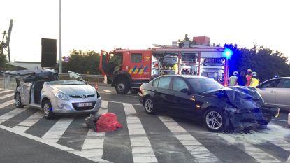 Vrouw zwaargewond na ongeluk op Laageind