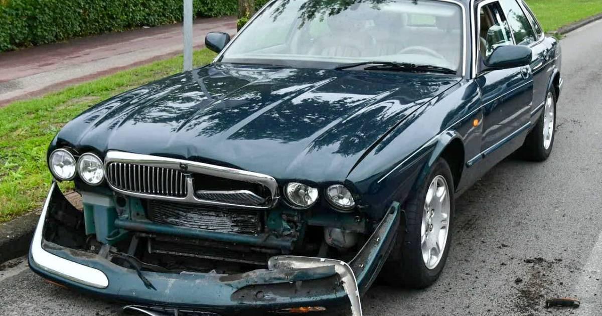Gewonde na ongeval met twee autos in Leusden.