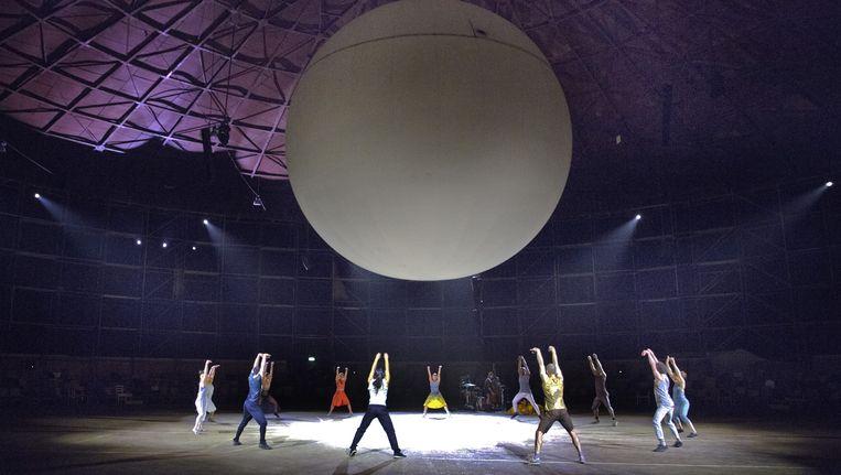 Beeld van voorstelling Courage in de Ferro in Rotterdam. Beeld Leo van Velzen