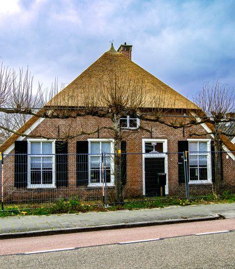 Adviesbureau ziet veel misgaan in Strunk-dossier: 'Vertrouwen in gemeente Raalte tot nulpunt gedaald'