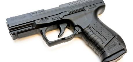 Man (23) opgepakt voor vuurwapenbezit in Waalwijk