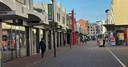 Een vrijwel lege winkelstraat in Etten-Leur op woensdagochtend 13 januari 2021.