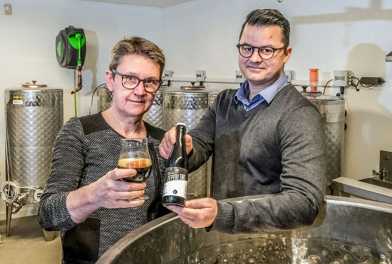 Conny Adriaen en Erjen Adriaensen leveren met hun eerste brouwsel Stoutn Ieperlink al meteen een mooi product af.